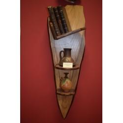Estantería artesanal en madera de castaño